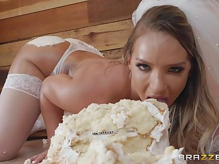 Hardcore food charm ass fuck with bride Cali Carter
