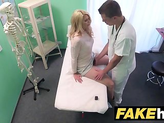Fake Medical centre Dirty dilute gives blonde Czech babe wet pants