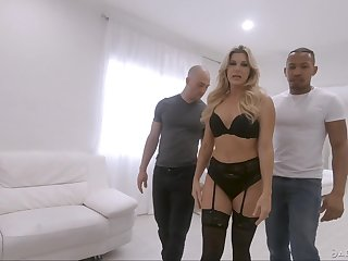 Stunning milf India Summer is fucked off out of one's mind lowering with the addition of sallow fellows