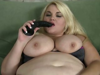 Chunky amateur drab with broad in the beam boobies loves with regard to masturbate herself