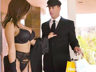 Gorgeous wife Aaliyah Hadidis cheating on her husband apropos his Historical coachman