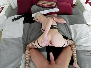 Doggy perfection with a MILF who's irritant is perfect