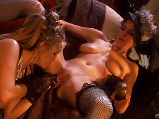 Classy ladies Angel Cassidy and Roxxxy Rush eat ever after other