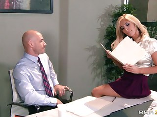 Big tits together with ass Tasha Reign fucked on the table apart from her teacher