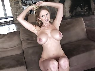 Blond Hair Babe with Huge Boobs Porn Clip