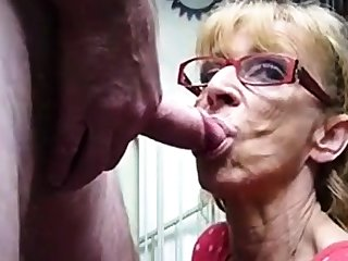 Unmitigatedly old hookup amateur granny gives blowjob